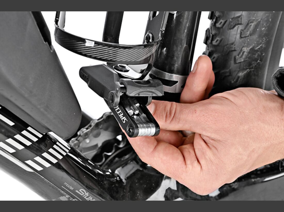 MB 1213 Specialized Stumpjumper HT Mara. Carbon Exp. - Detail