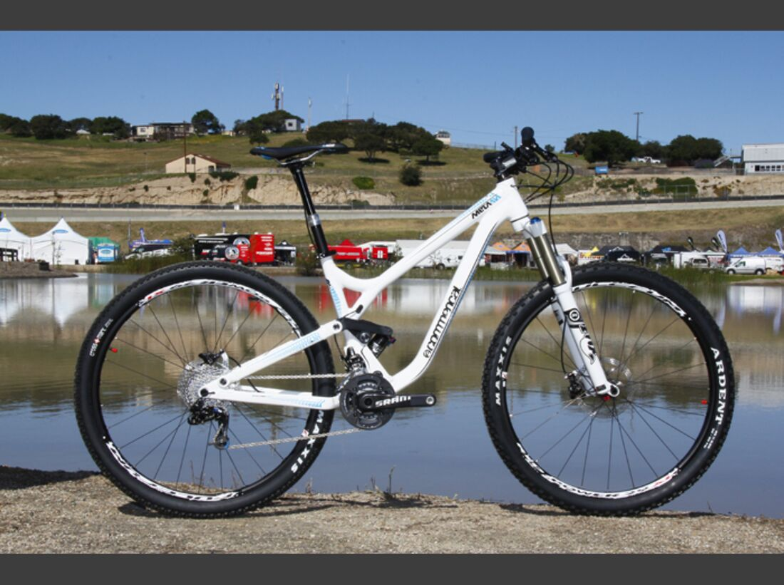 MB-Commencal-Meta-AM29-Sea-Otter-2012-AS (jpg)