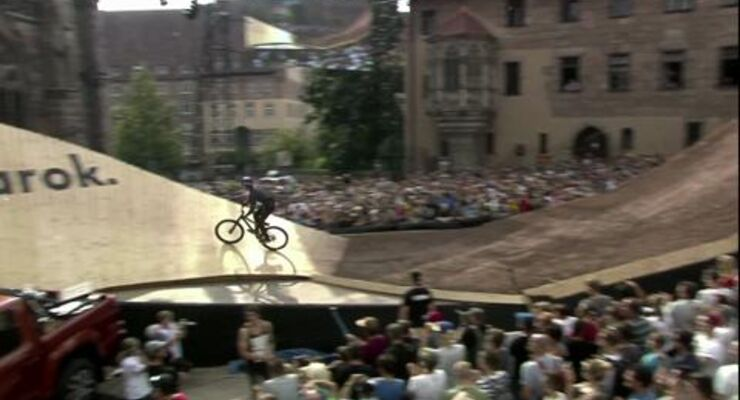 MB Video Red Bull District Ride 2014 - die Highlights